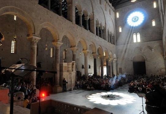 Solstizio-Cattedrale-San-Sabino-Bari