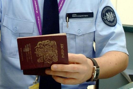 Border-Staff-2909869