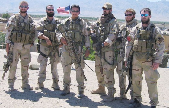 usa.navy.seals.marcus.luttrell.3rd.right