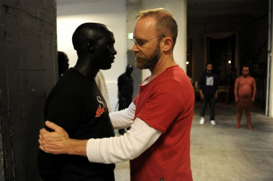 Brett-Bailey-with-a-performer-from-EXHIBIT-B-photo-by-PSofie-Knijff