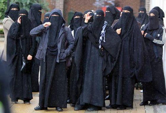 v2-p4-burqas-2