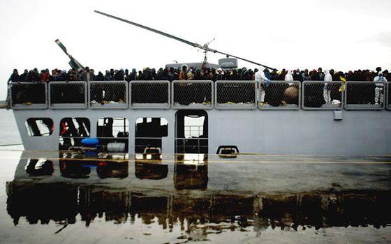 libya-italy-boat_3203055b
