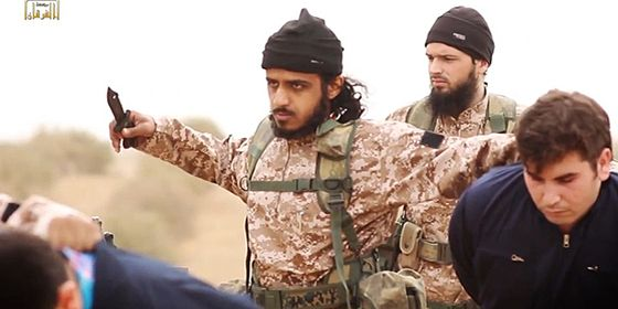 Islamic-State-Syrian-Pilots-Knives-2-HP_3
