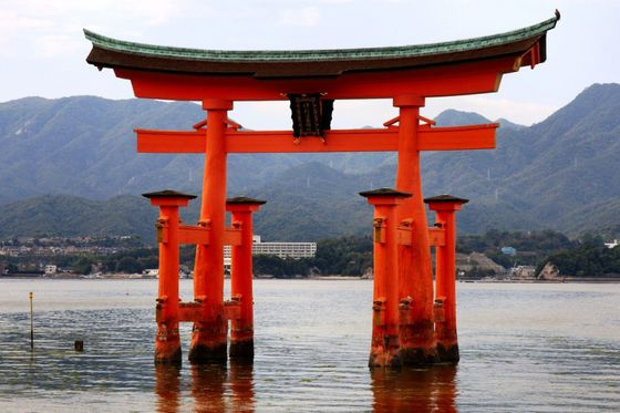 japan.Itsukushima-Shinto-Shrine