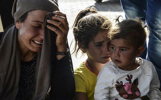 Kobane-crying.selvmordsbomber