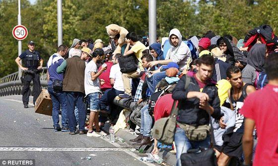 migrants.austria.border
