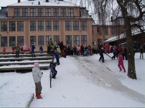 Høybråten skole