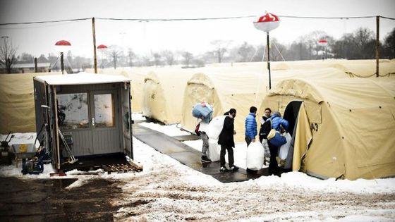 12072891-flygtningelejr-i-nstved