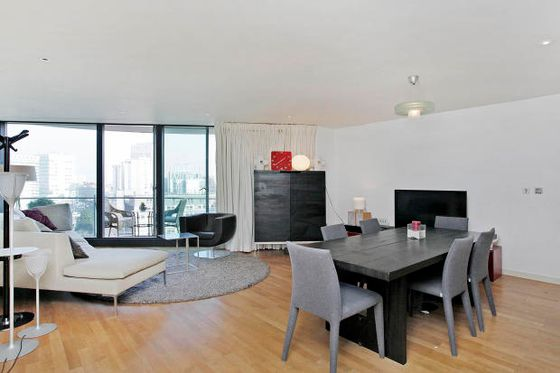2-bedroom-flat-for-sale-in-central-London-United-Kingdom