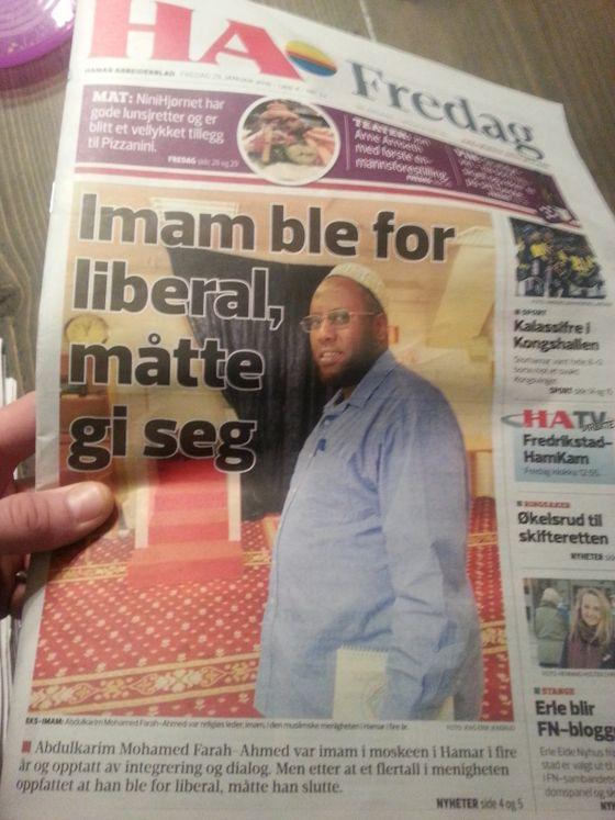 Islam viser sitt ansikt på Hedmarken. Ikke spesielt liberal imam sparkes fordi han er for liberal.