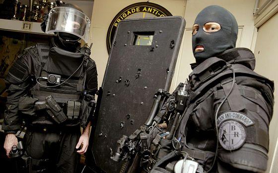 bataclan.police.shield