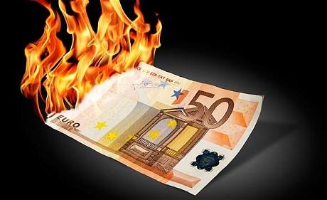 brennende-50-euroseddel
