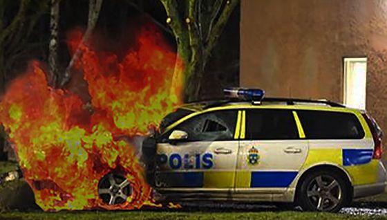 brinnande-polisbil-östberga