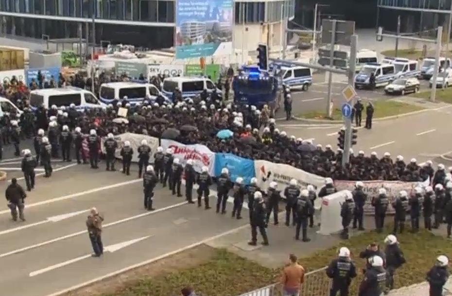 afd-stuttgart-demonstrasjon