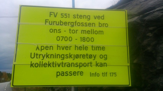 Fureberg bru vert stengt i lange periodar dei neste dagane. (Foto: Grenda-lesar).