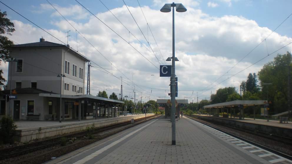 grafing-bahnhof-bahnsteige-1-992x558
