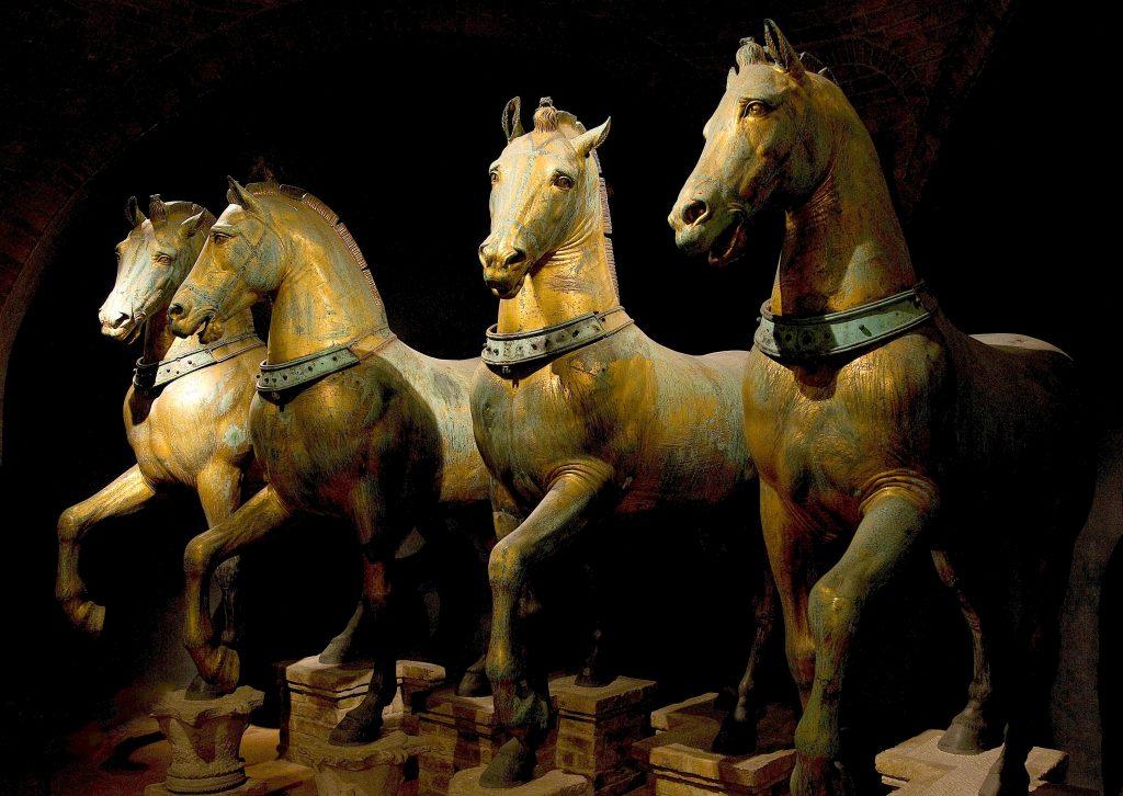 Horses_of_Basilica_San_Marco_bright