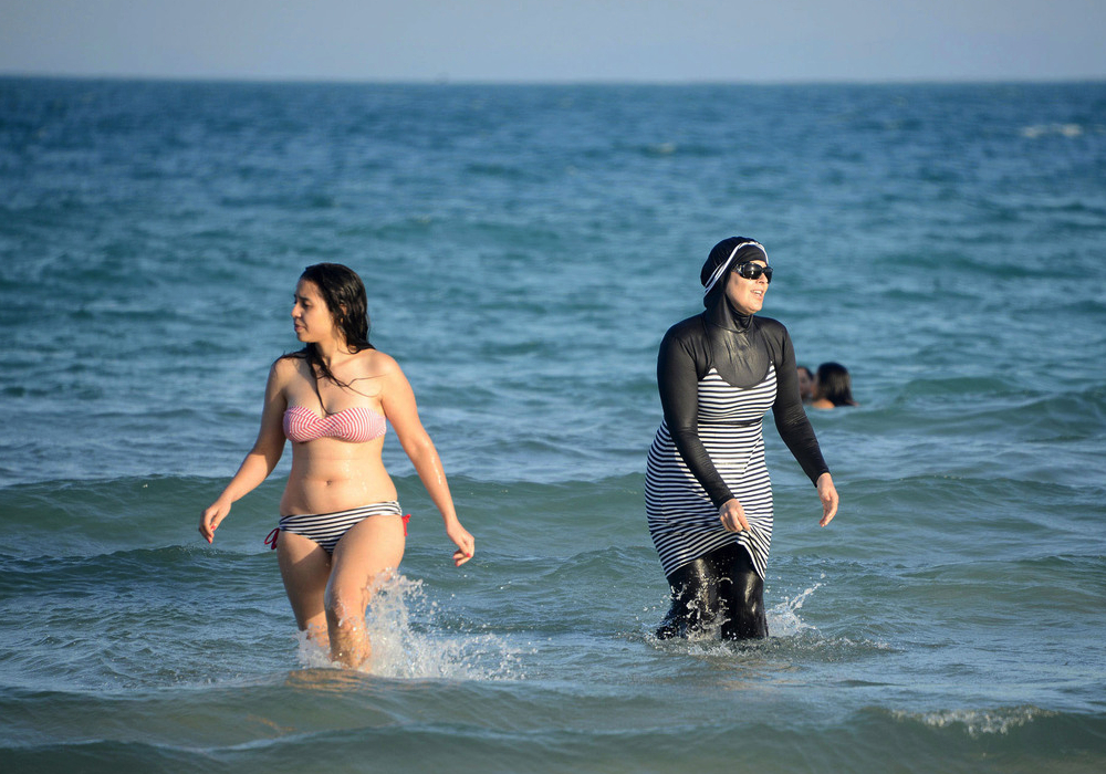 bikini-vs-burkini