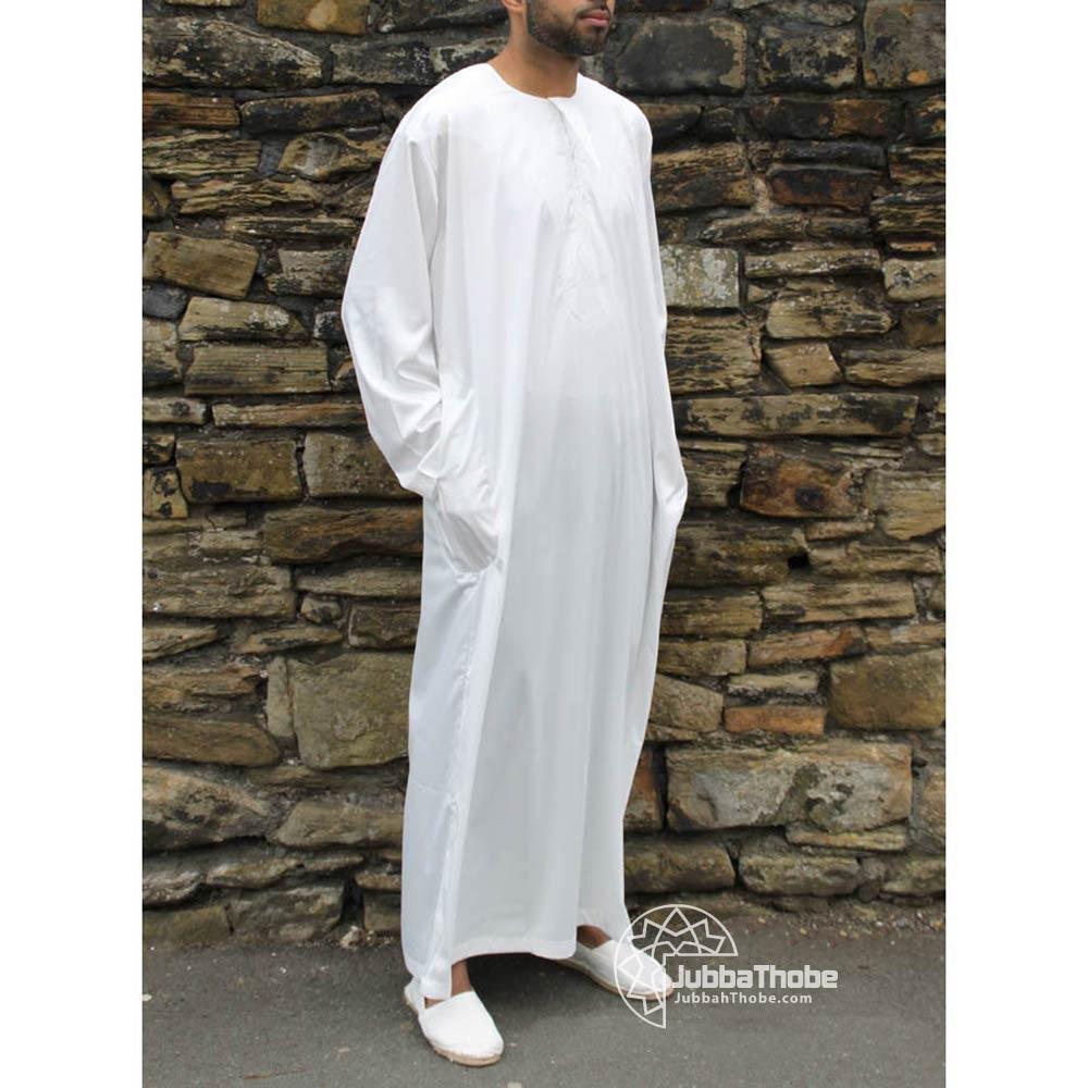 off-white-omani-shiny-jubbah-thobe