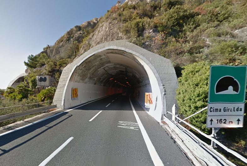 tunnel-autostrada-a10-italia-frankrike