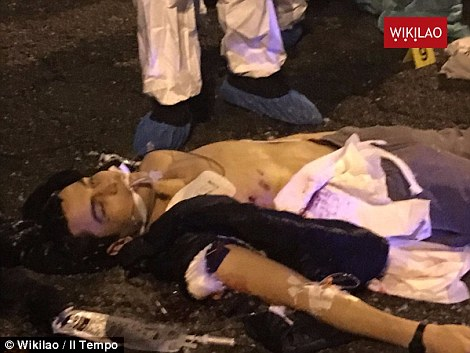 3b982acd00000578-4061096-pictures_emerged_this_morning_of_the_terrorist_lying_dead_in_the-a-67_1482499661367