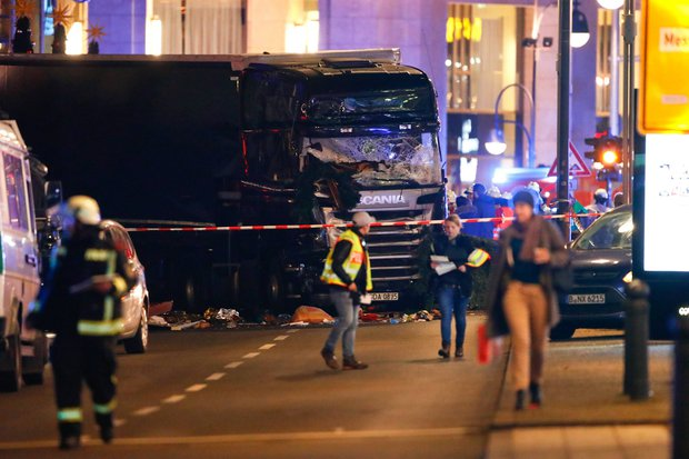 berlin-lorry-crash-at-christmas-market-756839