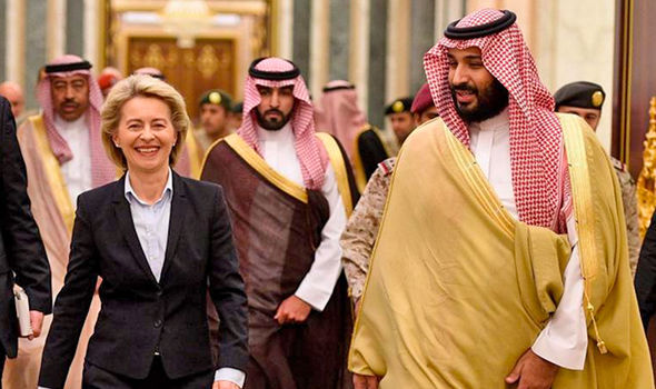 german-defence-minister-hijab-755326