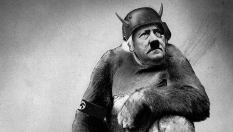 john-heartfield-hitler-ape