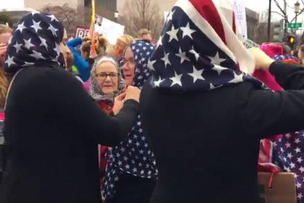 us-flag-hijab