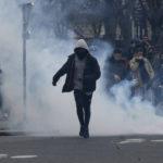 Opptøyene fortsetter i Paris
