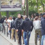 Migranter plager kvinnene i Paris