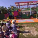 Steinkasting mot barneshow i Sverige