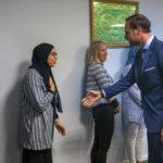Muslimske kvinner nekter å håndhilse på kronprins Haakon