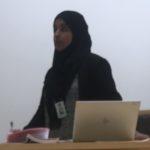 Politiadvokat Zubia Kiani prosederer i Oslo tingrett iført hijab. – Helt greit, sier Politiets utlendingsenhet
