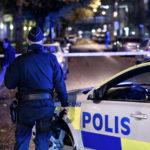 Politiet mister kontrollen i Trollhättan: Angrepet av 30 ungdommer