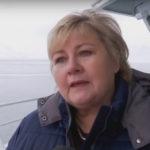 Erna kaller folk som er uenige med henne, for «sammensurium»
