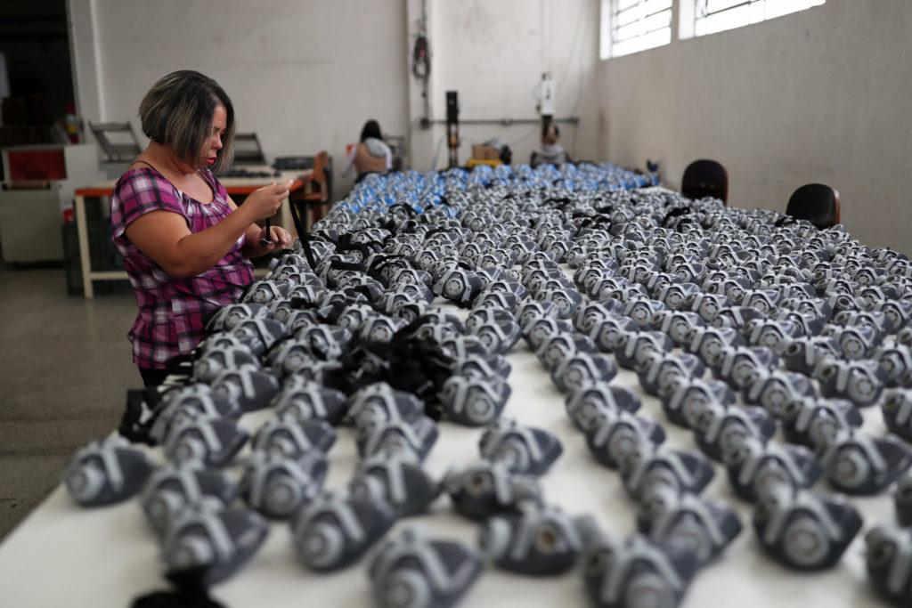 Corona Kina Laerer Vesten Kontroll Med Innbyggerne Document