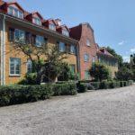 Virkeligheten banker på i Sveriges siste idylliske utpost